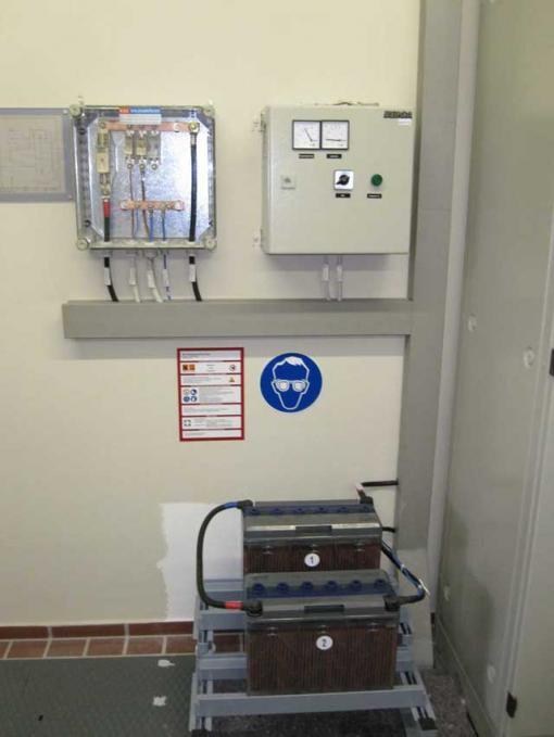 40 kVA Strüver Elektroaggregat als Netzersatzanlage mit Deutz Motor ...