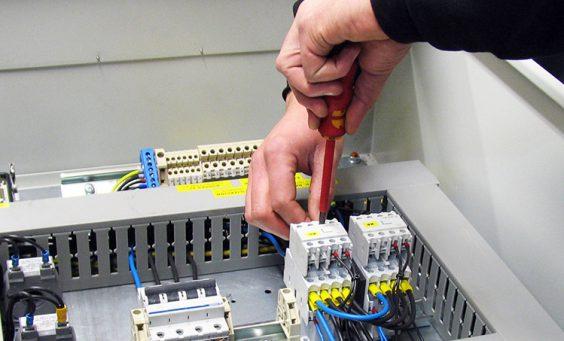 service--beitrag-schaltanlagen